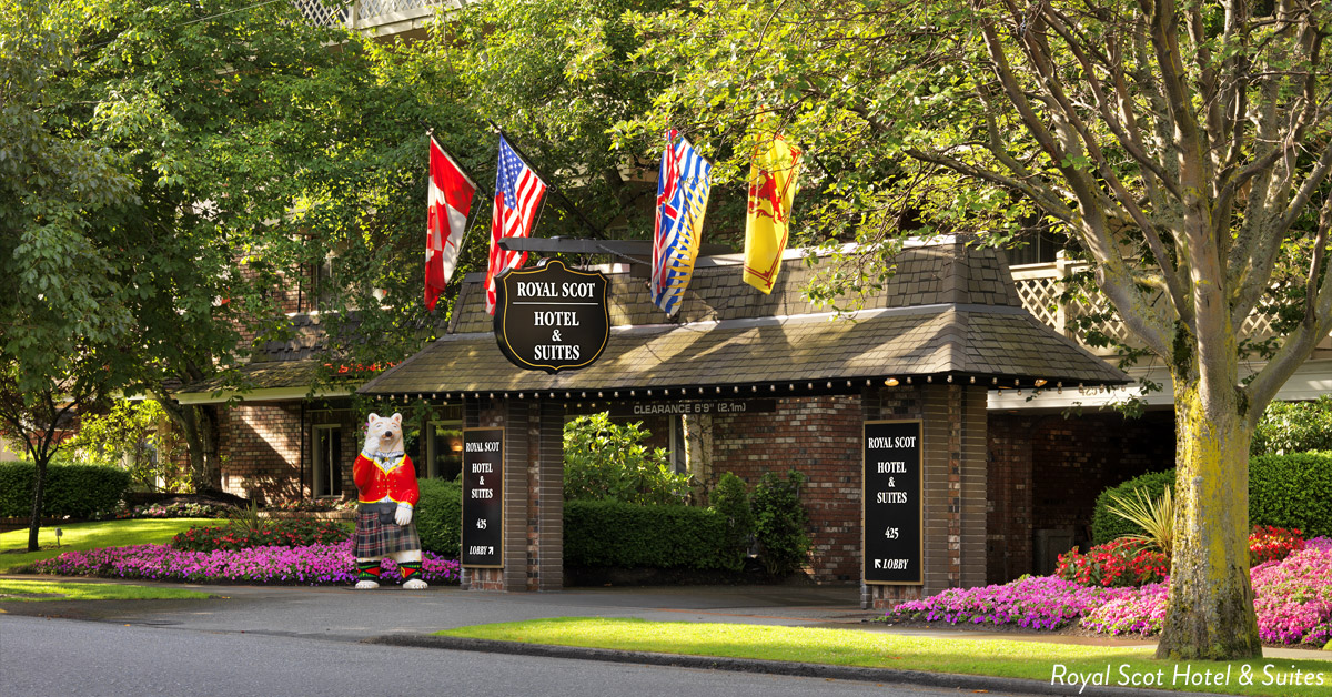 Accommodations near Victoria golf courses